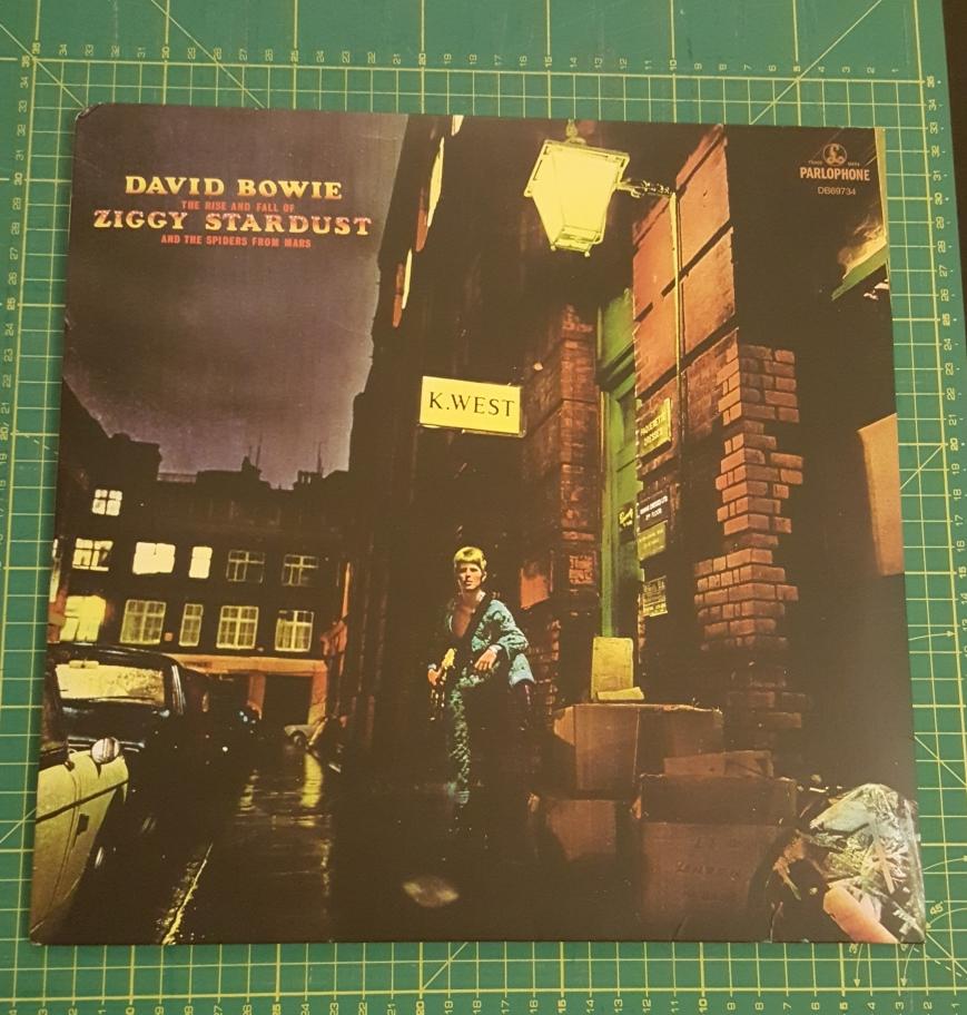 Bowie_Ziggy_LP.jpg