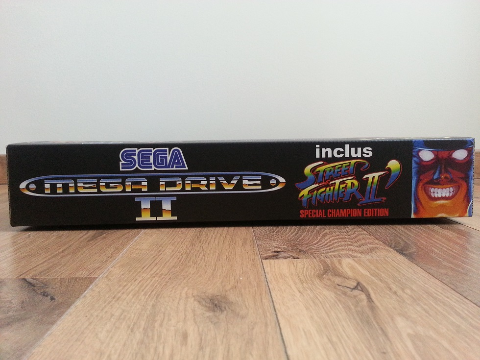 Boite Mega Drive 2 Street Fighter II 03.jpg